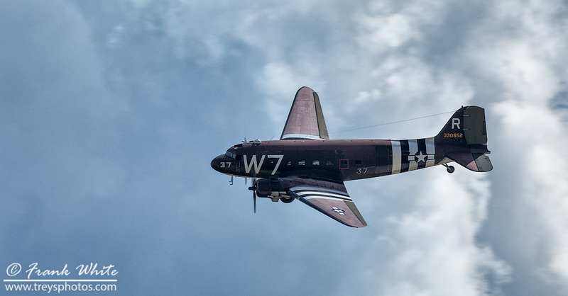 DC-3 cargo/paratrooper plane, in D-Day colors
