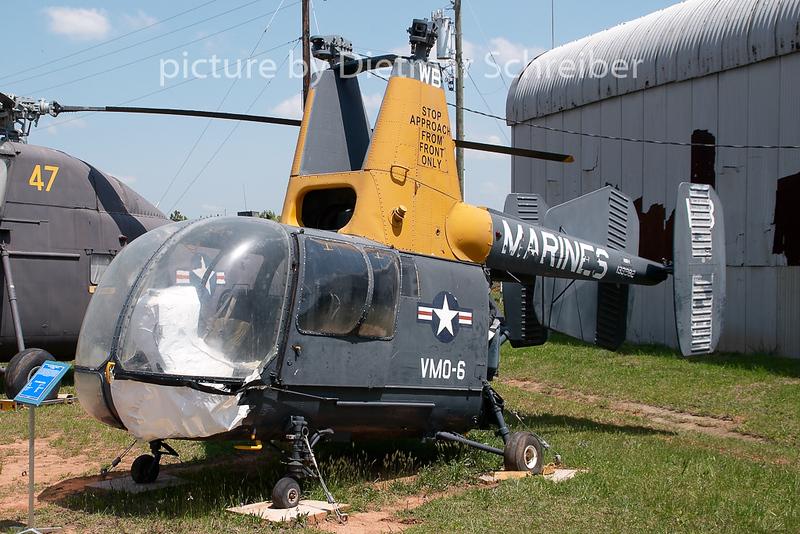 2008-04-24 139982 Kaman HH-43 US Marines