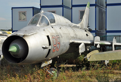 "Former National Air & Space Museum at Khodynka Field in Moscow on August 11, 2012. Sukhoi Design Bureau Sukhoi Su-17M3 Fitter-H ""95 Red"" (cn 26918). Previously marked as ""95 Blue""."