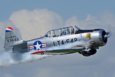 T6 Harvard Mk.4 LN-PFX