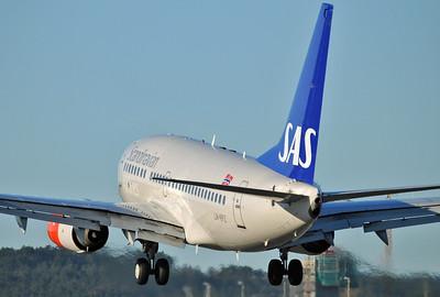 Kristiansand Airport Kjevik (KRS) on March 22, 2012. SAS Boeing 737-683 LN-RPZ (cn 28293/120).