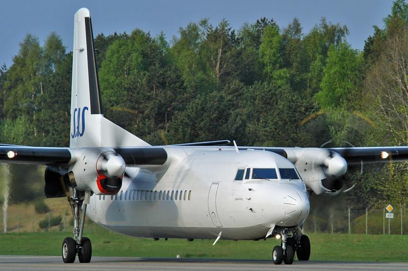 Kristiansand Airport Kjevik (KRS) on May 12, 2006. SAS Fokker 50 LN-RNG (cn 20184).