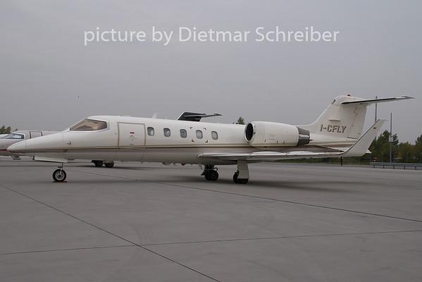2007-10-12 I-CFLY Learjet 31