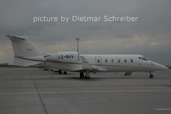 2006-12-19 LZ-BVV Learjet 60