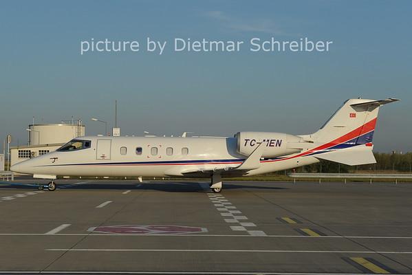 2012-09-11 TC-MEN Learjet 60