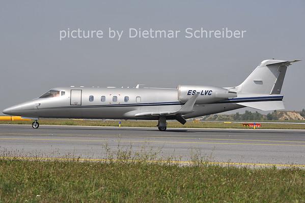 2011-08-22 ES-LVC Learjet 60