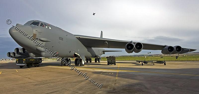 Boeing B-52 - Leuchars 2008