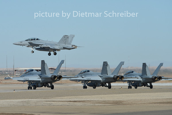 2015-02-09 F18 US Navy
