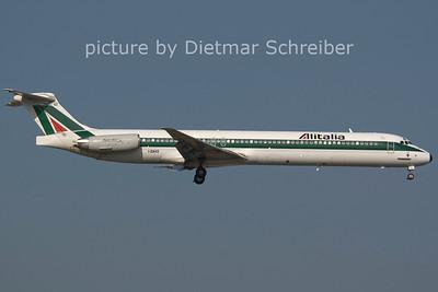 2006-07-29 I-DAVZ MD82 Alitalia
