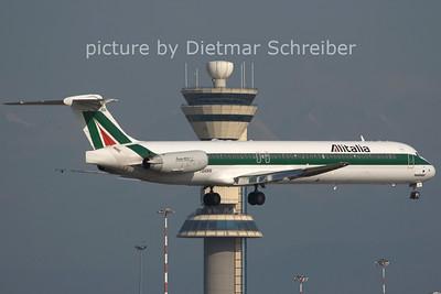 2006-07-29 I-DANW MD82 Alitalia