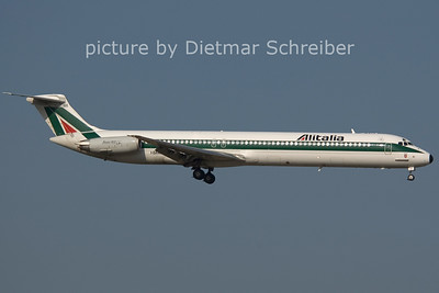 2006-07-29 I-DAWL MD82 Alitalia