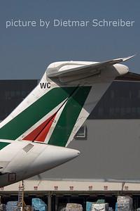 2006-07-29 I-DAWC MD82 Alitalia
