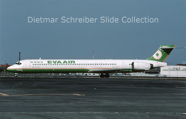 2009-01 B-17917 MDD MD90 (c/n 53572) Eva Air