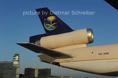 2012-09-11 HZ-ANB MD11 Saudia