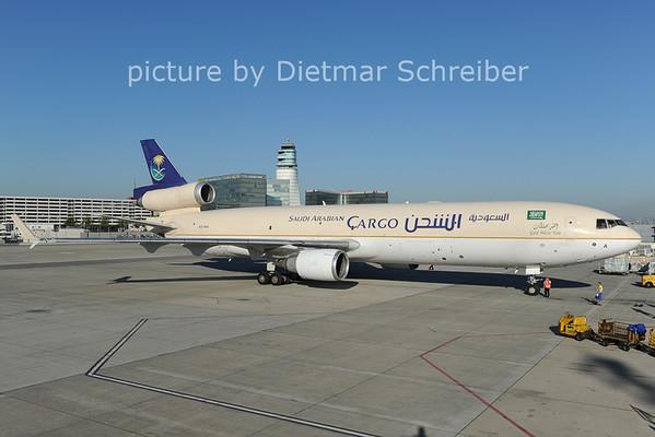 2012-08-20 HZ-ANA MD11 Saudia