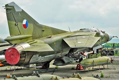 "MiG-23MF Flogger-B ""7183 Black"""