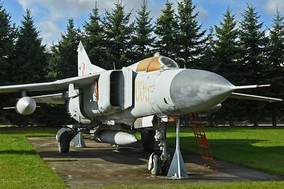 """MiG-23MF-Flogger-B """"005 Red"""""""