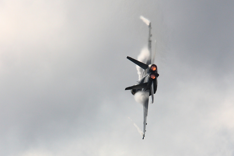 FA-18 Super Hornet fighter jet, pulling vapor, at The Great Georgia Air Show 2009