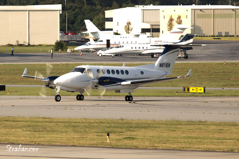 Beech B300 Super King Air 350  s/n FL-58 N8116N<br /> EVANS GENERAL CONTRACTORS LLC<br /> Arriving from Greenville Downtown (KGMU)<br /> KPDK, DeKalb, GA,   09/22/2017<br /> This work is licensed under a Creative Commons Attribution-<br /> NonCommercial 4.0 International License