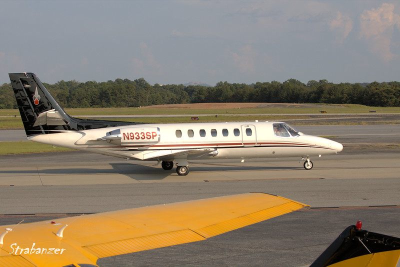 Cessna 560 Citation   c/n 560-0007 N933SP<br /> JAMES L CHAPPUIS MD PC, Atlanta, GA<br /> Arriving from Savannah/Hilton Head<br /> <br /> KPDK, DeKalb, GA,   09/22/2017<br /> This work is licensed under a Creative Commons Attribution-<br /> NonCommercial 4.0 International License
