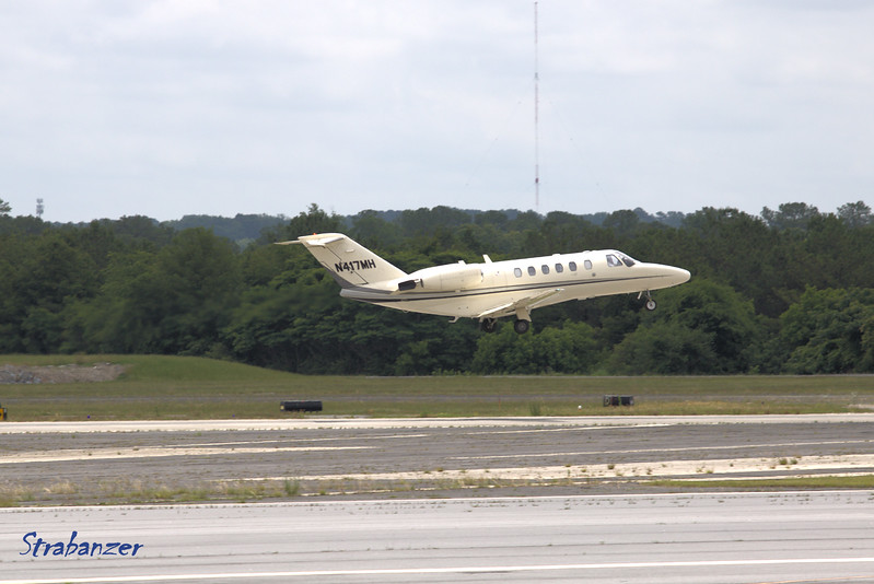 Cessna 525A Citation  s/n 525A-0054   N417MH<br /> CJ2 LLC, Columbia, SC<br /> <br /> KPDK, DeKalb, GA,   05/28/2017<br /> This work is licensed under a Creative Commons Attribution-<br /> NonCommercial 4.0 International License