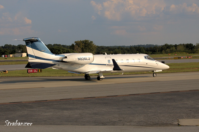 Learjet 60  c/n 145   N826LJ<br /> B2 EQUITY HOLDINGS INC   NAPLES , FL, US <br /> Arriving from Green State (KPVD) Provicence, RI<br /> <br /> KPDK, DeKalb, GA,   09/22/2017<br /> This work is licensed under a Creative Commons Attribution-<br /> NonCommercial 4.0 International License