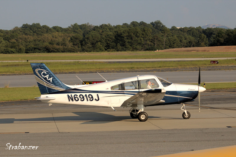 Piper PA-28-151   s/n  28-7615397  N6919J<br /> Flying is Fun, Atlanta<br /> <br /> KPDK, DeKalb, GA,   09/22/2017<br /> This work is licensed under a Creative Commons Attribution-<br /> NonCommercial 4.0 International License