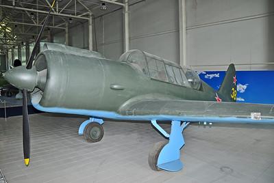 """Sukhoi Su-2 """"38 Yellow"""" (Replica)"""