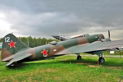 "Ilyushin DB-3M ""12 White"""