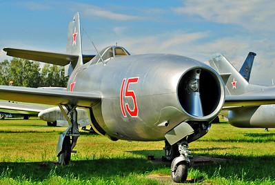 "Yakovlev Yak-23 Flora ""15 Red"""