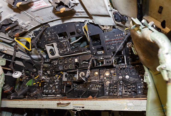Handley Page Victor cockpit