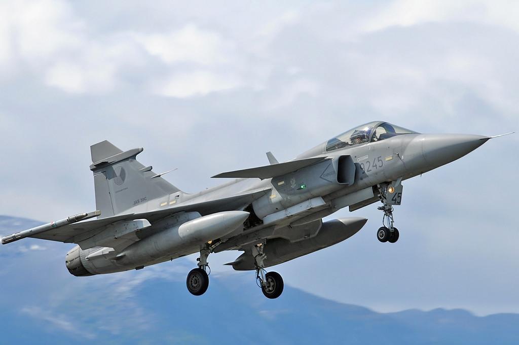 "NATO Tiger Meet at Ørland MAS (OLA/ENOL) on June 1, 2012. Czech Air Force Saab JAS-39C Gripen ""9245"" (cn 39-245)."