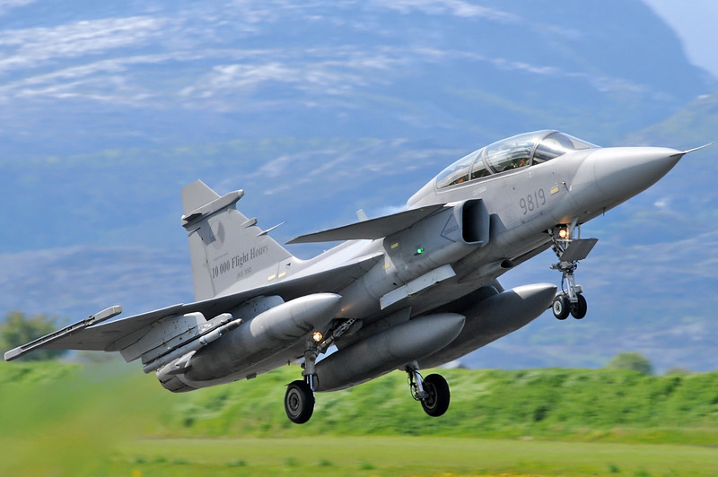 "NATO Tiger Meet at Ørland MAS (OLA/ENOL) on June 1, 2012. Czech Air Force JAS-39D Gripen ""9819"" (cn 39-819)."