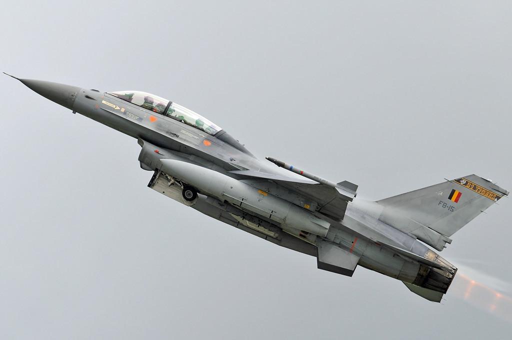 "NATO Tiger Meet Airshow at Ørland MAS (OLA/ENOL) on June 2, 2012. Belgian Air Force General Dynamics (SABCA) F-16BM Fighting Falcon ""FB-15"" (CN 6J-15/80-3590). Operated by 31 Smaldeel at Kleine Brogel AB."