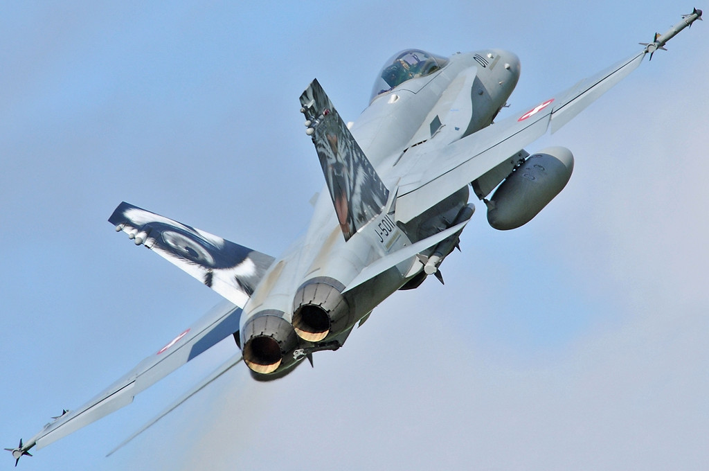 """NATO Tiger Meet at Ørland MAS (OLA/ENOL) on June 1, 2012. Swiss Air Force McDonnell Douglas F/A-18C Hornet """"J-5011"""" (cn 1351/SFC011). Operated by Fliegerstaffel 11 at Meiringen AB."""