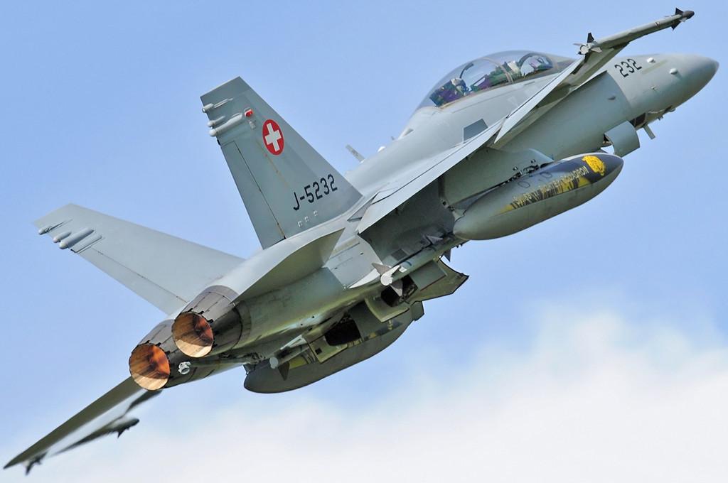 """NATO Tiger Meet at Ørland MAS (OLA/ENOL) on June 1, 2012. Swiss Air Force McDonnell Douglas F/A-18D Hornet """"J-5232"""" (cn 1308/SFD002). Operated by Fliegerstaffel 11 based at Meiringen AB."""