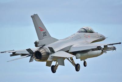 """F-16AM """"292"""""""