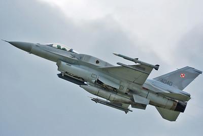 """F-16C """"4040"""""""