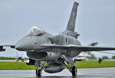 """F-16C """"4058"""""""