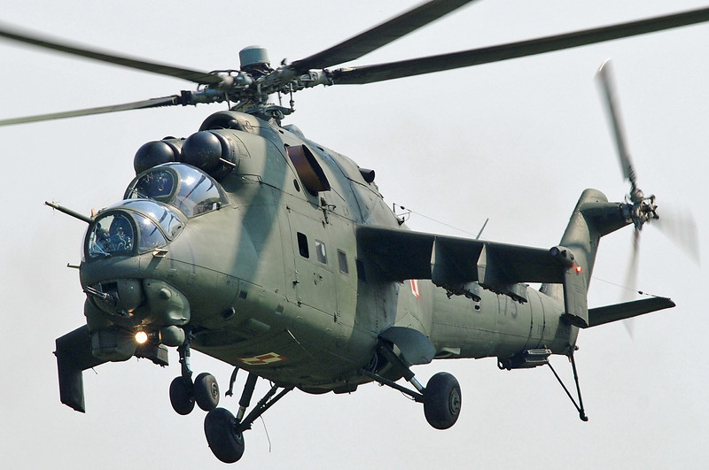 "Radom Air Show at Radom-Sadkow (EPRA) on August 27, 2011. Polish Land Forces Aviation Mil Mi-24D Hind-D ""175"" (cn 103175)."