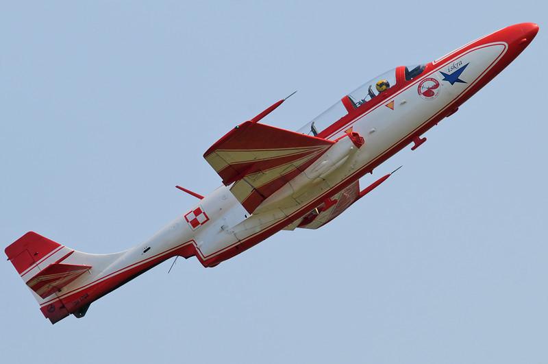 """Radom Air Show at Radom-Sadkow (EPRA) on August 27, 2011. Bialo-Czerwone Iskry PZL-Mielec TS-11 Iskra bis DF """"1708/4"""" (cn 3H-1708)."""