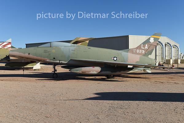 2015-02-08 54-1823 F100 USAF