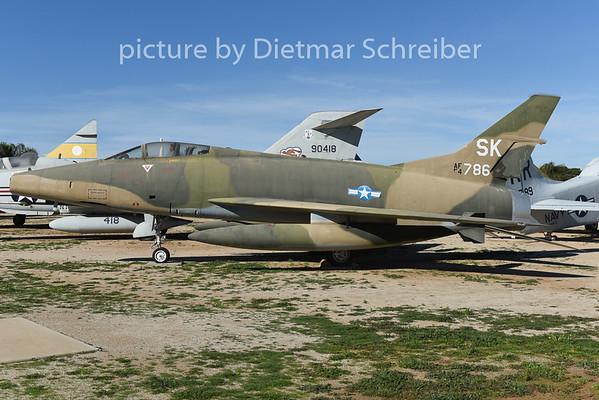 2015-02-11 54-1786 F100 USAF