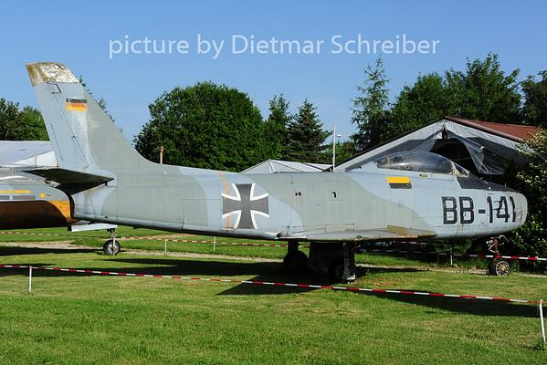 2014-06-09 BB-141 F86 Sabre