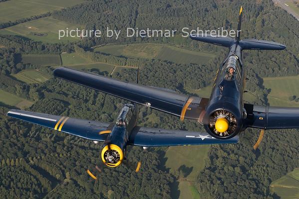 2012-08-17 N13FY T6 Texan / HB-RDG TBM3 Avenger