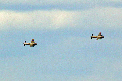 A close up of the pair as they turn in to flypast Prestwick.