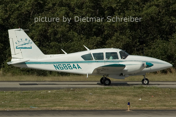 2006-02-24 N6884A Piper 23 Fly BVI