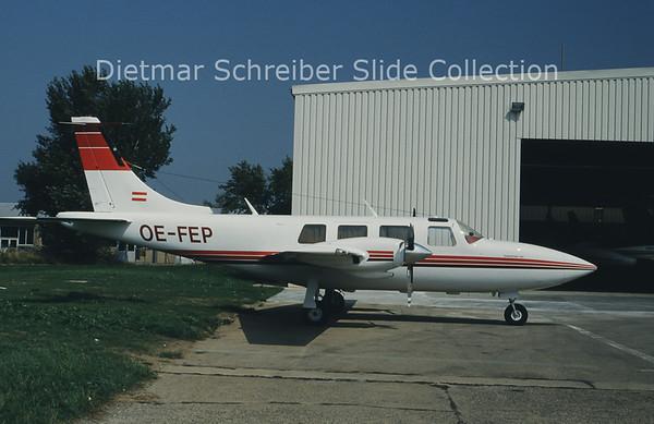 OE-FEP Piper 601P Aerostar (c/n 61P-7963283) Donauflug