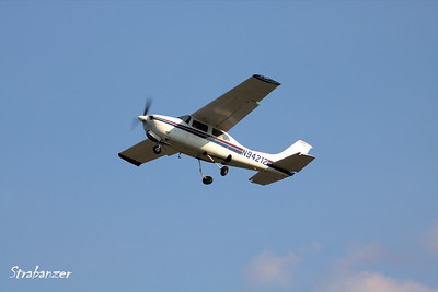 Cessna 210L Centurion  c/n 21060543   N94212 Heading off to Greenville-Spartanburg KPDK, DeKalb, GA,   09/22/2017 This work is licensed under a Creative Commons Attribution- NonCommercial 4.0 International License