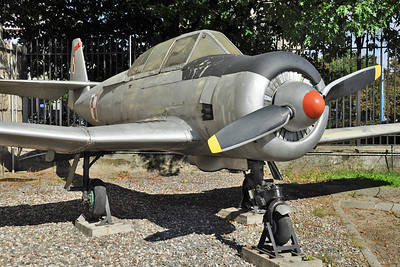 """PZL-Mielec TS-8 Bies """"1751"""""""